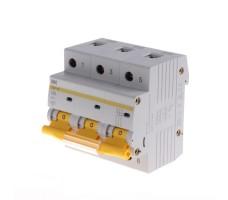 Автоматический выключатель IEK 3-полюсный ВА47-100 100A