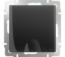 Розетка влагозащищенная с заземлением с защитной крышкой и шторками Werkel черная